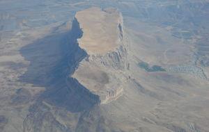 Bergplatå mitt i Iran