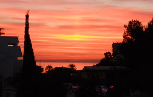 Soluppgång från vår balkong.