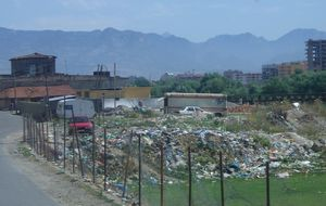 Lass med avfall i Albanien