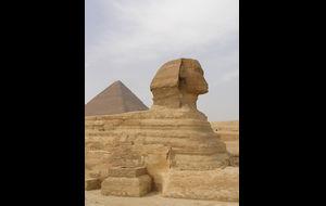 Sfnixen och pyramiden