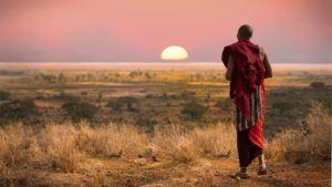Med sina majestätiska djur, långsträckta savanner och blodröda solnedgång är Tanzania ett oförglömligt mål för din nästa resa.