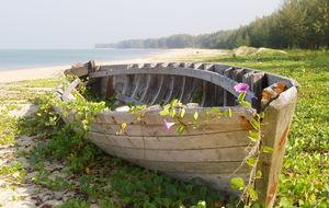 övergiven båt