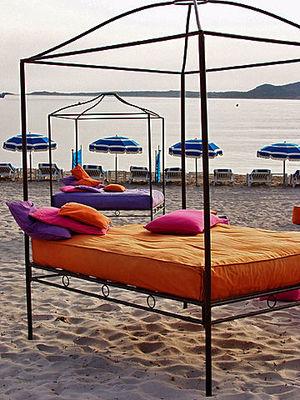 Njut strandlivet! Här från en strand nära Calvi.