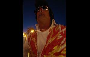 Vi mötte Elvis i Vegas-natten.