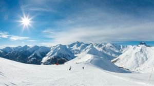 Spendera vinterledigheten på Alpernas majestätiska höjder