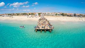 Sola, surfa eller slappa på detta ö-paradis utanför Afrika