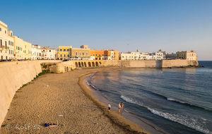 Gamla stan och stranden i Gallipoli