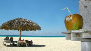 Kuba sprider glädje – både på gatorna och stranden.