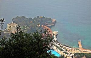 Mulet och dimma i Monaco....
