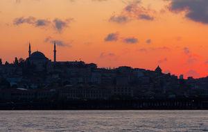 Istanbul i solnedgång