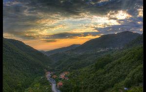 Solnedgång i byn