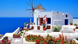 Vi ger dig alla resor till den grekiska övärlden i sommar