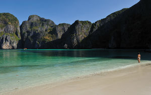 Maya Bay - looking for Leonardo