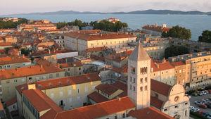 Zadar lockar med en rik historia och fina bad.