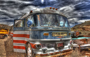 Bus Gold King Mine az