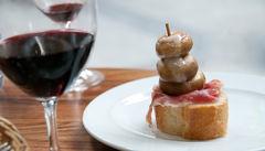Vin och pintxos – ett måste.