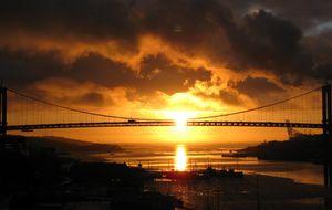Solnedgång vid Älvsborgsbron