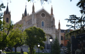 auktorisk kyrka