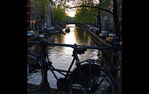 Cyklar, båtar och kanaler...