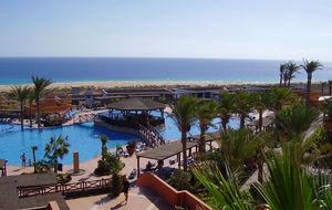 Fuertoventuras milsvida stränder och ljumna hav