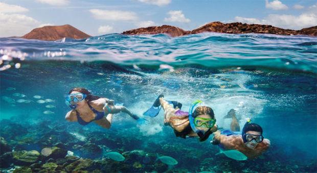 Snorkla i en magisk undervattenvärld på Kanarieöarna.