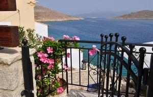 Utsikt från Nimporio på ön Chalki