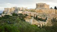 Uthyres: Antik stad med luftig planlösning