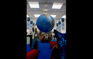 En Globetrotter tar Världen i famn