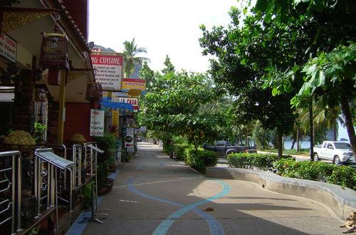 Ao nang beachroad