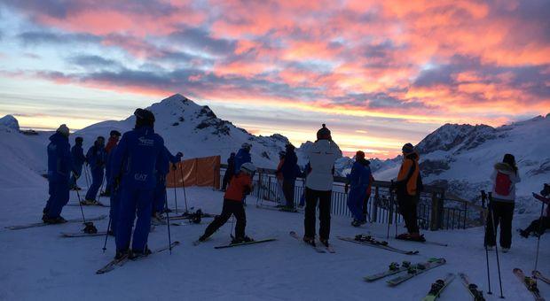 Magiska upplevelser i skidorten Canazei