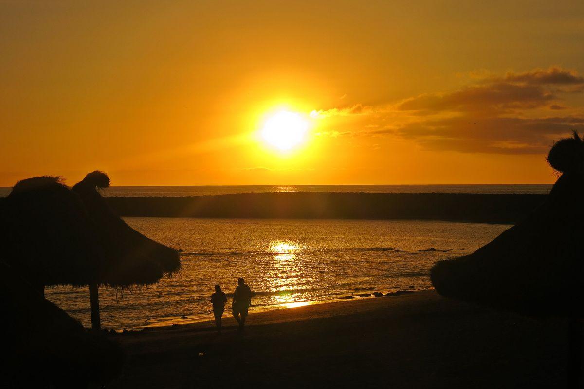 I solnedgången på stranden