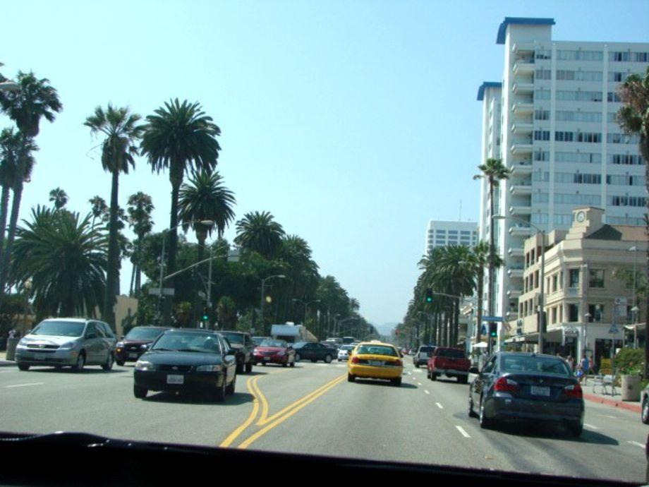 Santa monica boulevard los angeles kalifornien usa for Cox paint santa monica