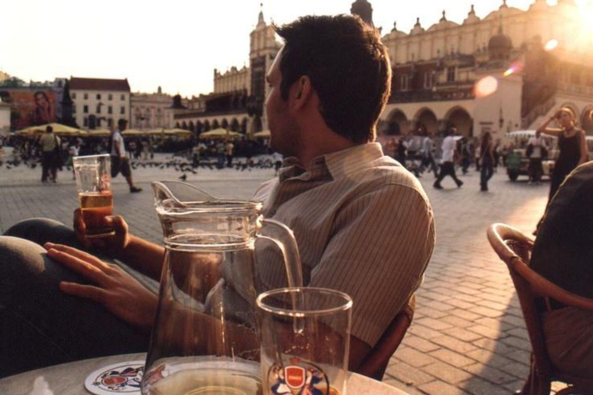 Gott med öl i Krakow