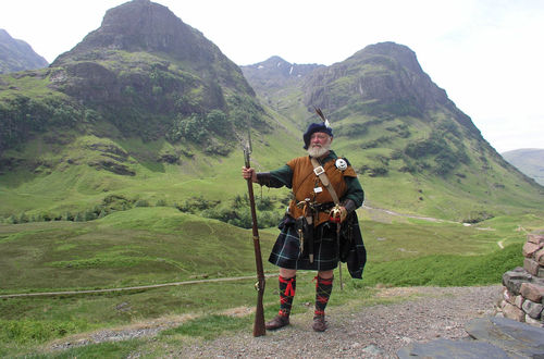 A real Scotish warrior, proud of his land!