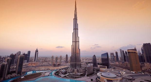 Världens högsta byggnad, Burj Khalifa.