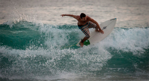 Kvällssurfing i Rio