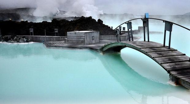 Den blå lagunen på Island är ett måste