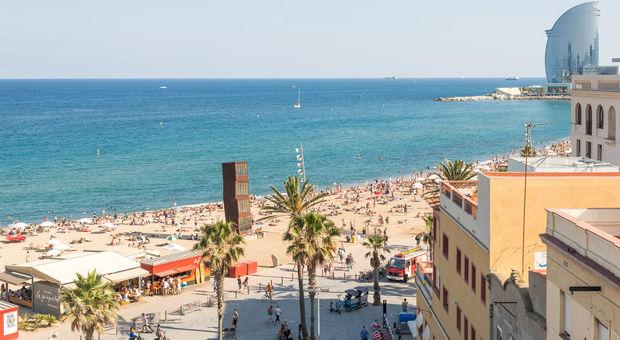 Underbara Barcelona i topp när det gäller storstad med strand