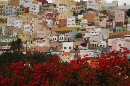 La Vegueta med vy mot modernare delar