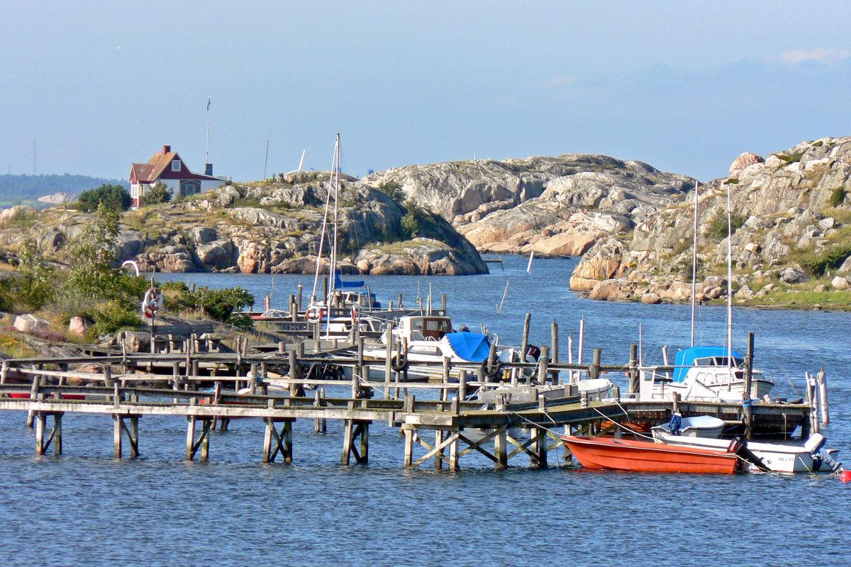 Bild tagen från Brännö brygga.