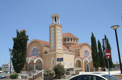 Kyrkan Sant Georgios i Paralimni