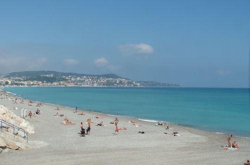 den underbara stranden i Nice