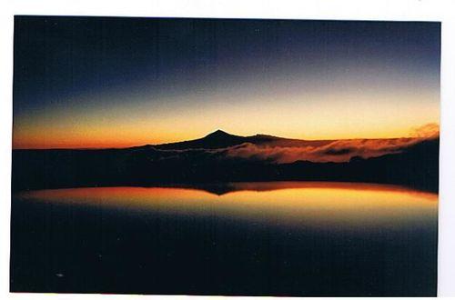 solnedgång,på ön där det visslas