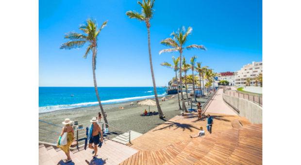Avkopplande stunder på beachen på La Palma